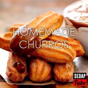 Churros yang dibakar adalah lebih enak berbanding digoreng, mudah dibuat di rumah.