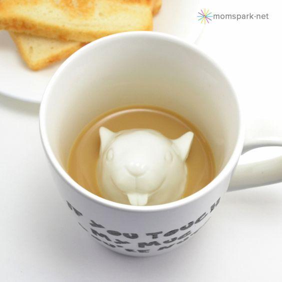 Workplace Coffee Mug Tutorial | Mom Spark™ - A Trendy Blog for Moms - Mom Blogger