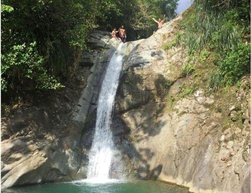 Encuentran cuerpo de hombre que cayó en un río en Juana Díaz -...