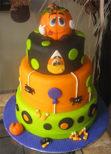 Another adorable Halloween cake! ) Awesome Cakes Pinterest