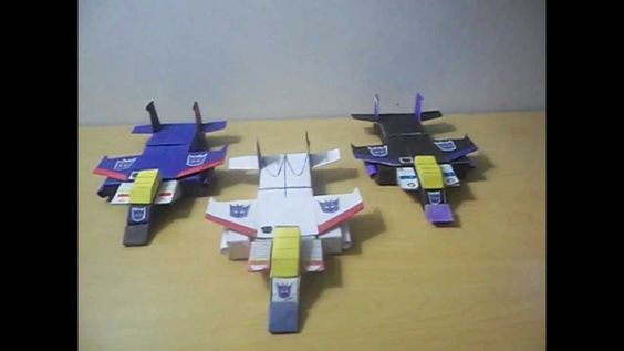 PaperCraft - Transformers G1 Skywarp Review english