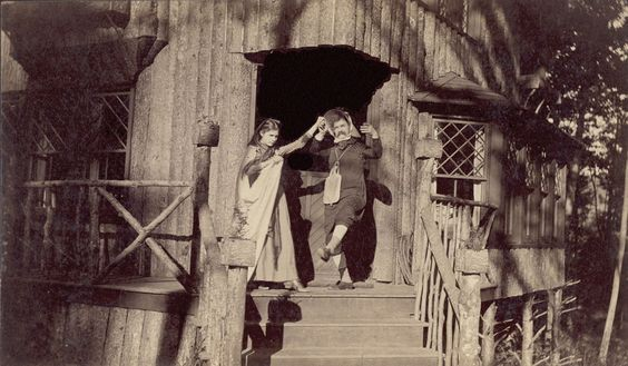 Unknown photographer, ca. 1890, Mark Twain and his daughter Susy as Hero and Leander