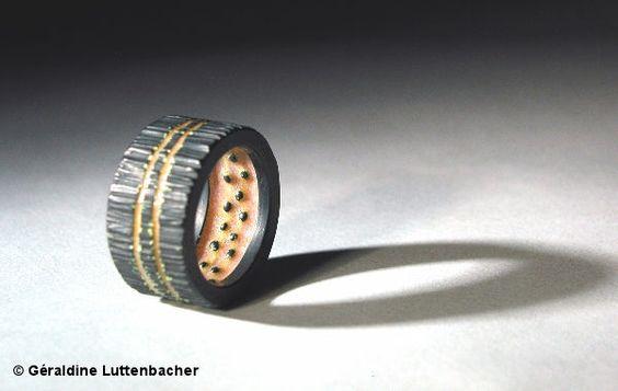 Bague en émail de Géraldine Luttenbacher  TRESor - Agde: