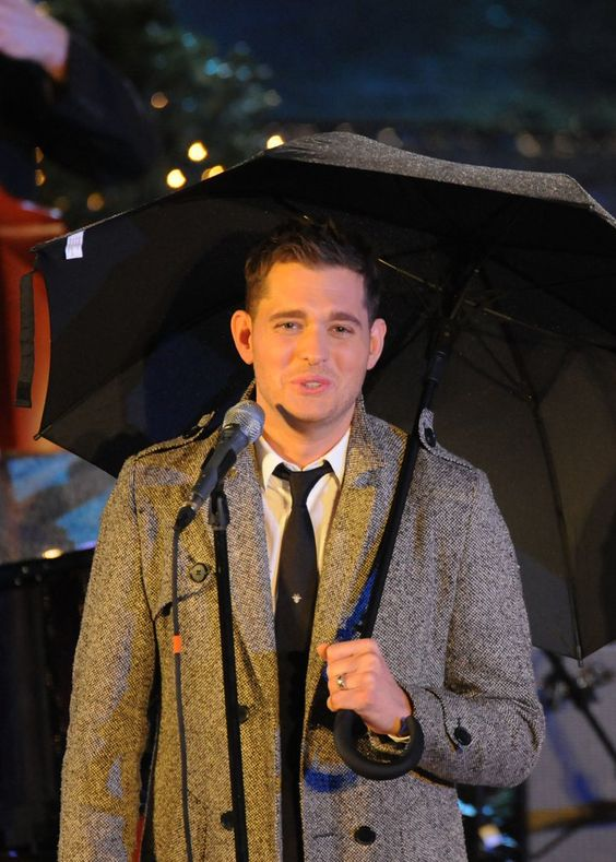 Pin for Later: All the Stars Who Have Celebrated Christmas at Rockefeller Center Michael Bublé, 2009