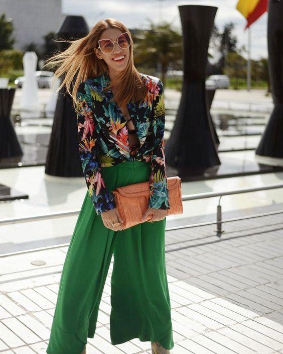 De ninguna manera me gusta mi sonrisa, pero siempre es necesario reir. Ph@manuelmurcillo . . . . . . . . . . . . ..#moda#fashionblogger#lingerie#fashion#style#lifestyle#tb#girls#girl#sexy#marriot#fashionstyle#blogger#look#outfit#falabella#friday#fb #selenagomez#tuesday