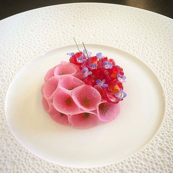 """""""Pink fish"""" - Cured salmon in beetroot with pickled daikon in beetroot, kura, dill, chives & veronica persica. Dish uploaded by @tadashi_takayama #gastroart:"""