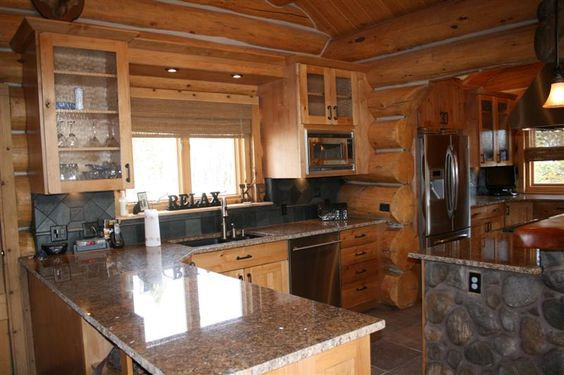 Beautiful log cabin kitchen design in colorado jm for Log cabin kitchens and baths