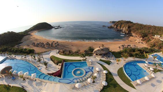 Todos os tamanhos | Conejos Bay, A View From Secrets Huatulco Resort & Spa. | Flickr – Compartilhamento de fotos!