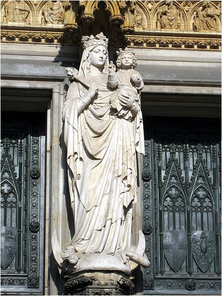 Cologne Cathedral - Statue of the Blessed Virgin Mary ...