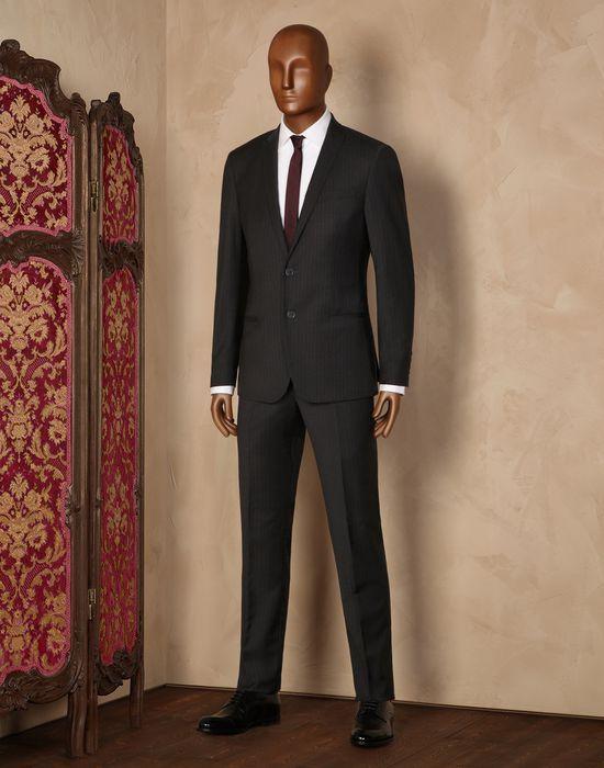 Nadelstreifenanzug aus stretchwollstoff Für Ihn - Anzüge Für Ihn auf Dolce&Gabbana Online Store Deutschland - Dolce & Gabbana Group