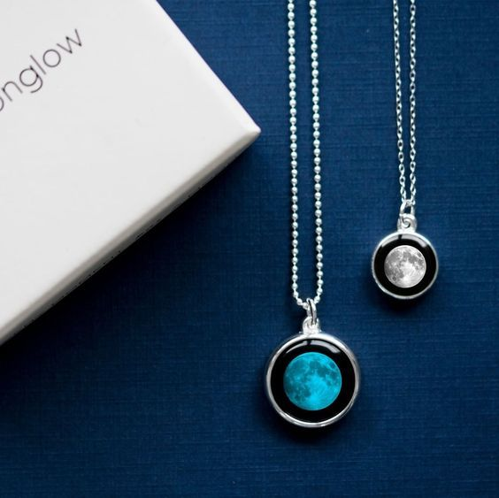 Blue Crystal Ball /& 20mm White Crave Ball On Black Lace Adjustable Necklace