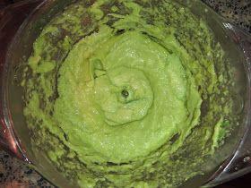 Natuurlijk haarmasker van avocado, honing en olijfolie