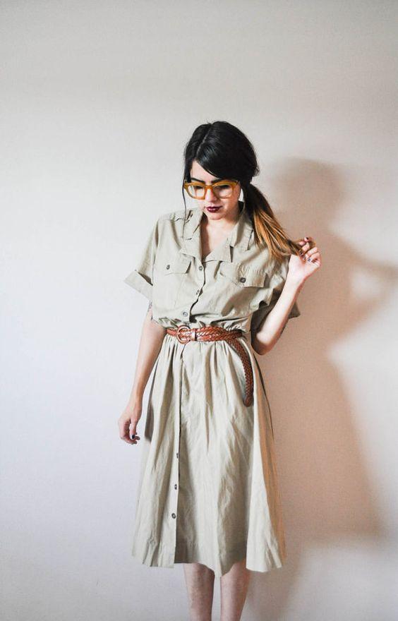 Vintage Khaki Dress par GoodCompanyCo sur Etsy
