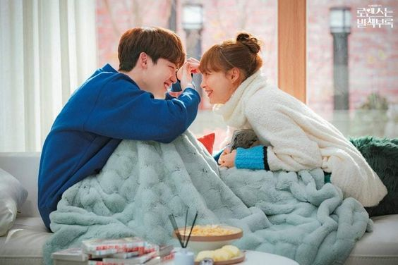 """""""Romance Is A Bonus Book"""" Achieves Highest Viewership Ratings With Finale"""
