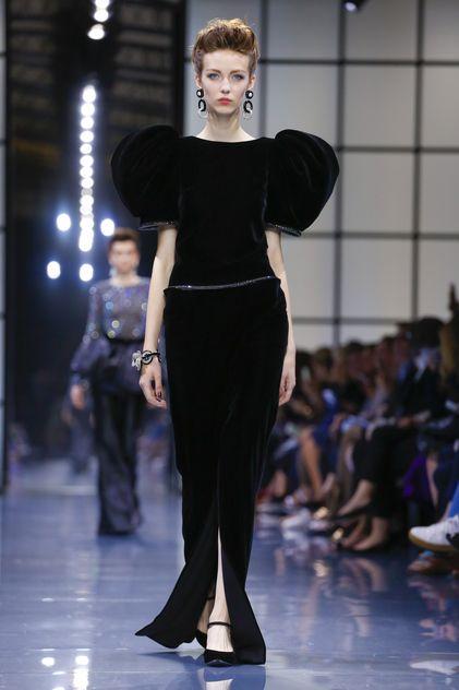 Giorgio Armani Privé Couture Fall Winter 2016 Paris