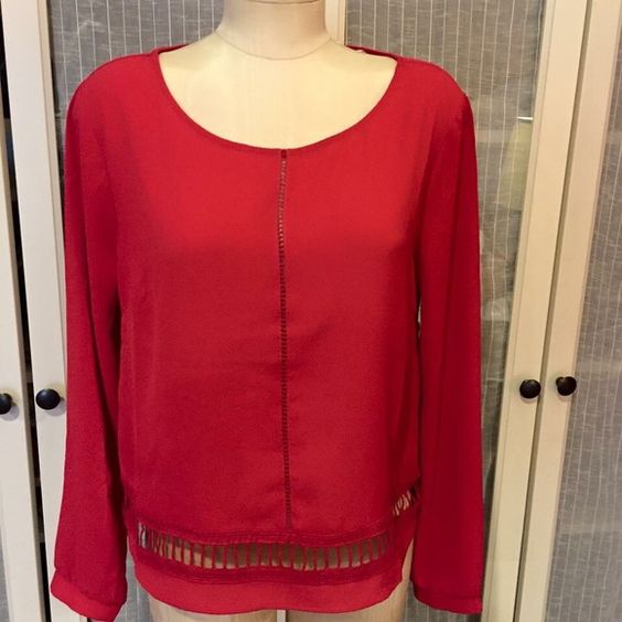 Nwt Nordstrom  red Lush top size L fits Med Nwt Nordstrom  red Lush top size L fits Med Lush Tops Blouses