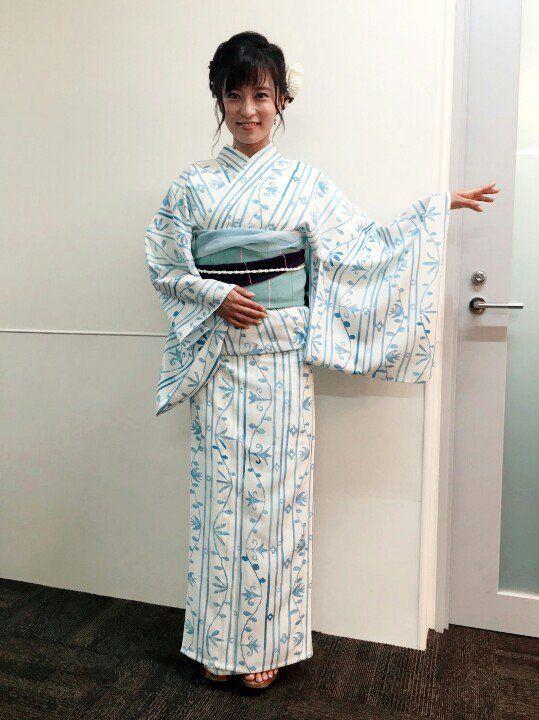 白い着物姿のかわいい小島瑠璃子