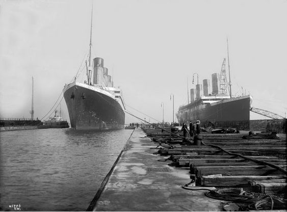 """""""Titanic"""" and """"Olympic"""" at the Harland and Wolff shipyard in Belfast"""