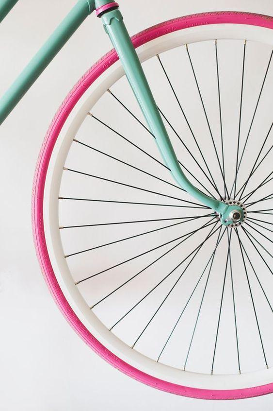 Love this color combo! #LookFeelLive