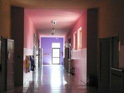 A scuola pareti gialle, ocra e viola Le elementari diventano a colori - Cronaca