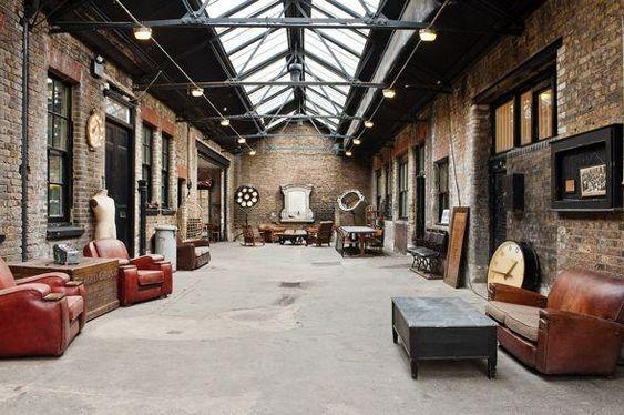Loft vintage industrial [] vintage loft Interior design, decoration, loft, furniture, industrial// via Decorget