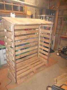 Abri bois en palette pour exterieur instructions de abris bois chauffage - Abri pour escalier exterieur ...