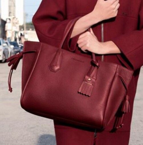 Pénélope by Longchamp   Fashion handbags, Favorite handbags ...