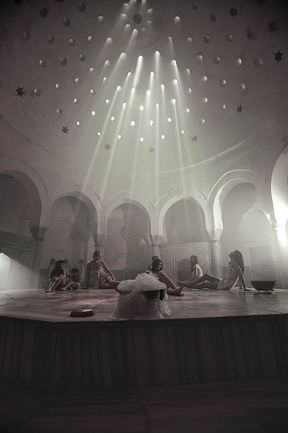 It is one of the oldest Istanbul hamams dating back to Selim II's era. The bath section was built by the famous Ottoman architect, Sinan, in 1584. A visit to Çemberlitaş hamam can be one of the best Turkish bathing experiences under the huge dome. Try to plan your visit on a sunny day, so that you can get to lay on the göbektaşı, the large hot central stone, while the sunlight beams stream through the holes of the dome ceiling.