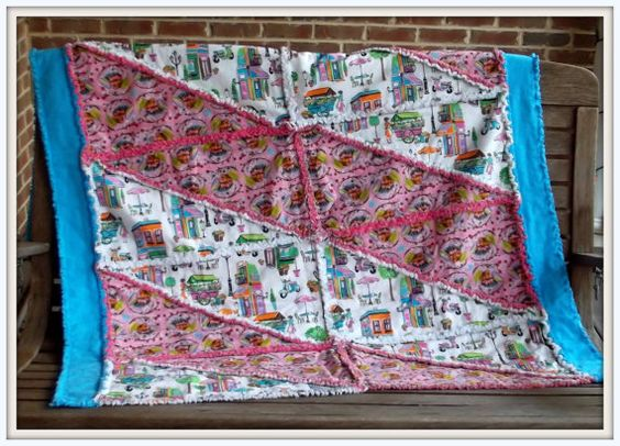 Cottage Chic Rag Quilt - Fun in Paris @Maryland Quilter