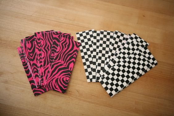Diy duct tape bookmarks duct tape bookmarks index cards for Duct tape bookmark ideas