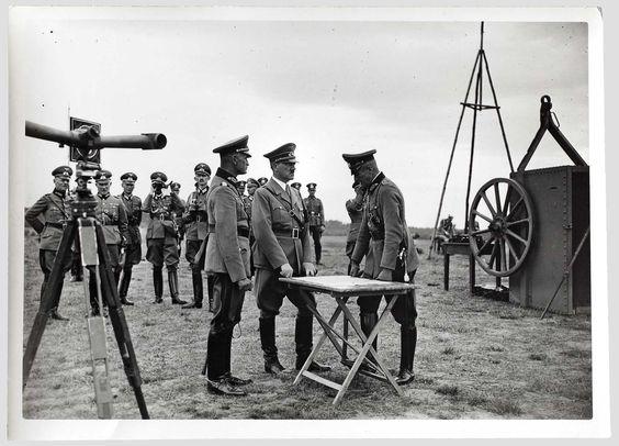 Presse Hoffmann-Fotografien verschiedener Bildberichterstatter aus dem Begleitkommando Adolf Hitlers 1938 - Ende 1942
