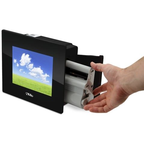 Mo – World's First Digital Photo Frame With Built-in Printer