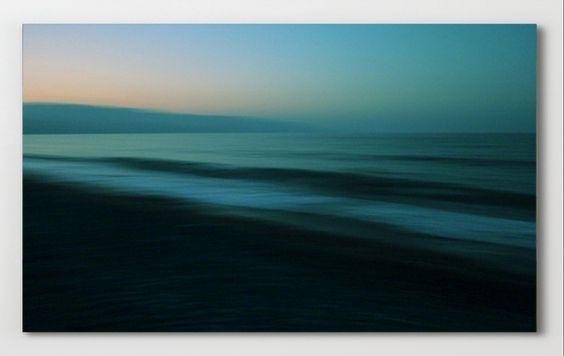 "Before Sunrise   ""Before Sunrise"" Abstrakte Fotografie von Lena Weisbek http://www.artefactum-shop.de/alle-kunstwerke/landschaften/lw32-before-sunrise/"