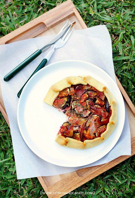 Fig, Prosciutto and Thyme Galettes | Vittles and Such | Pinterest ...