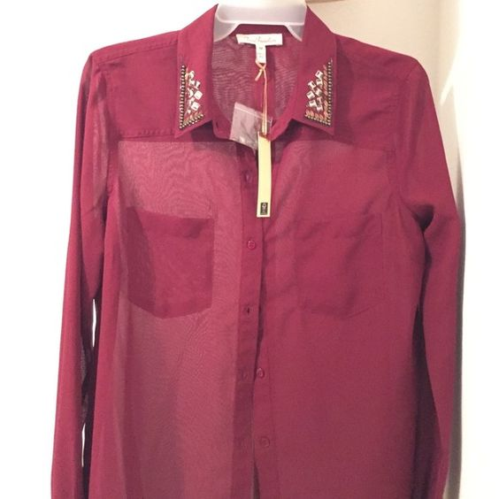 True freedom burgundy button up blouse Button up blouse with beaded collar. Never worn. New with tags. Cheaper on Ⓜ️️ercari True Freedom Tops Button Down Shirts