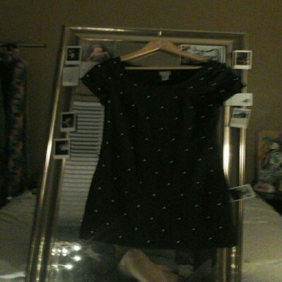Black fitted dress. Black with gold balls. Never been  worn. To the knees H&M Dresses Midi
