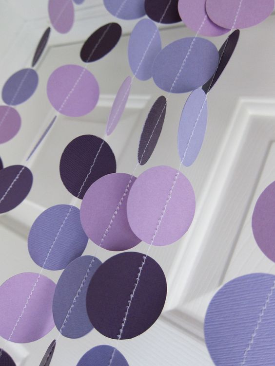 Paper garlands, Shades of purple and Garlands