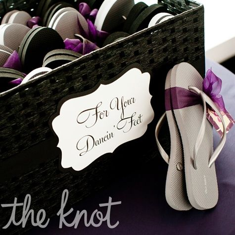 Love the purple ribbon around the flip flops!!  I think this concludes my flip flop idea for the wedding!!