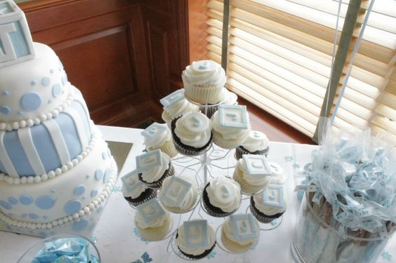 Come check out our Baby Celebration photos & ideas | debtfreespending.com