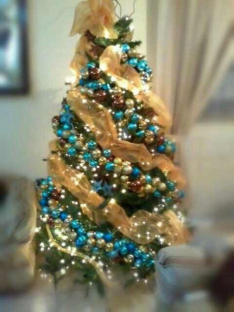 Arbol azul y dorado navidad pinterest - Arbol navideno blanco decorado ...