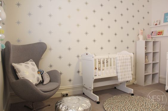 Star wall is created by using wall decals.