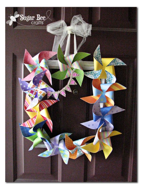 Pinwheel frame door wreath
