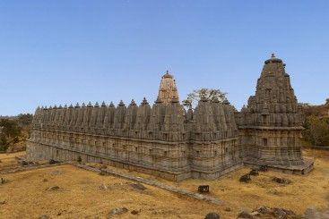 Jain temples inside Kumbhalgarh fort Rajasthan - India (1)