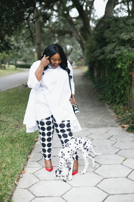 Musings of a Curvy Lady, Plus Size Fashion, Fashion Blogger, Ashley Stewart, Duster, Polka Dot Pants, Ruffled Duster, Dalmatian, Dalmatian Puppy, Jacksonville, Florida, Florida Blogger, Printed Pants, Women's Outfit, StyleWatch Magazine, The Outfit, #realOutfitGram