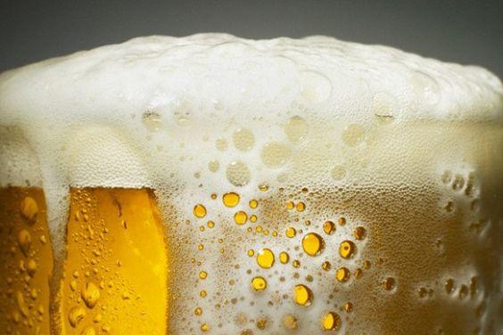 ¿Es mejor la cerveza con espuma o sin espuma?   Informe21.com #Food #Comida #Photography