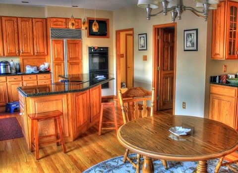 The Five Most Common Mistakes Made in Kitchen Remodels -------------------------------------------------- One highly effective way to breathe new life into an older home or make it your own is by remodeling the kitchen. Considering the time and expense that a kitchen remodel entails, it makes sense to get it right the first time.