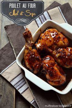 3 cuisses de poulet coupées en 2, sans la peau - 15ml d'huile de tournesol - 45ml de sauce soja  - 30ml d'huile de sésame - 90g de miel  - 3 gousses d'ail émincées - 1 c.à c. de gingembre en poudre - 1/2 c.à c. de poivre du moulin