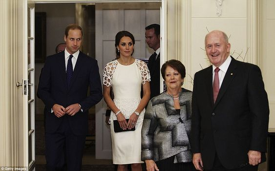 William and Kate arrive with Governor General Peter Cosgrove (far right) and Lady Cosgrove to greet the 100 guests 24 Apr 2014