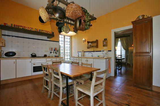 Nombre: Casa rural Villa Candosa. Casas rurales íntegras en Ballota (Cudillero), Asturias, España. Webs: http://is.gd/pwNWEI • http://is.gd/fWhTJE. Información sobre Asturias: http://www.vivirasturias.com/ • http://www.turivia.com/. Otros sitios sobre Asturias: http://www.eurowebmedia.es/. Redes sociales: https://plus.google.com/115398117044453153286. https://twitter.com/vivirasturias. www.youtube.com/vivirasturias. http://www.facebook.com/vivirasturias. © EuroWeb Media, S. L.