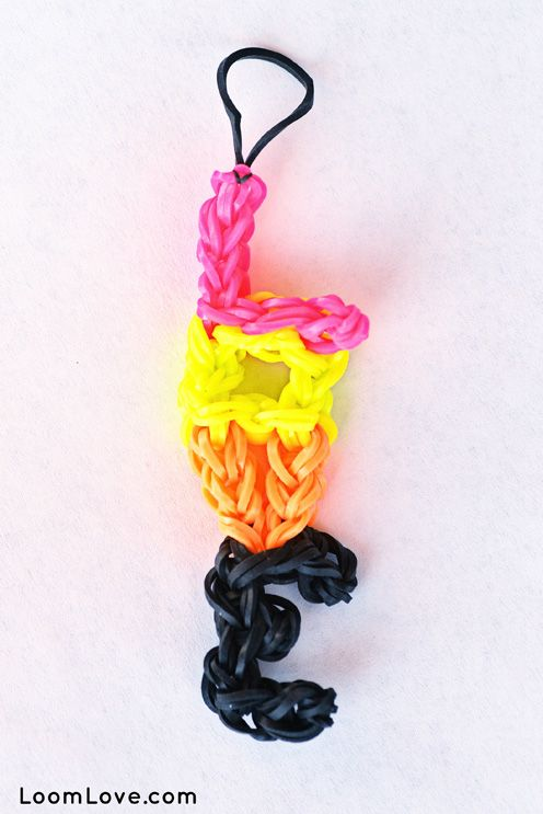 how to make heart shaped loom bands